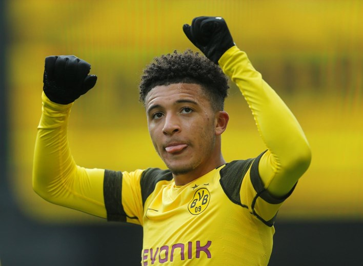 Jadon Sancho - Una de las grandes promesas del fútbol mundial.  El Dortmund podrá llenar las arcas con una transferencia millonaria y el Manchester United se apunta como la nueva casa del joven inglés.