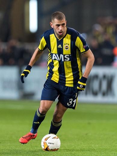 13. Slimani, estuvo prestado por Leicester al Fenerbahçe.  Se ha bajado 11 millones, vale ahora 5