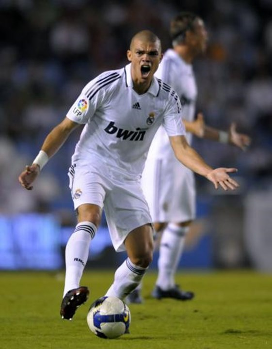10. Pepe (2007/08, FC Porto-Real Madrid, 30 M€), 76,3 M€