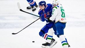 Dínamo Riga-São Petersburgo: Duelo de opostos na KHL