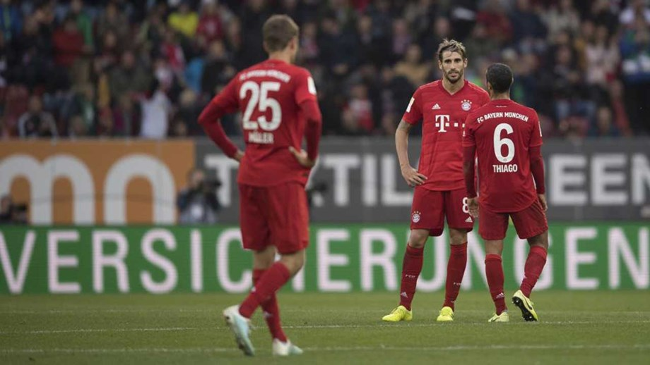 Bayern Munique travado em casa do penúltimo