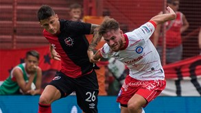 Argentinos Jrs.-Newell's O.Boys: cai o pano na 14.ª jornada na Argentina