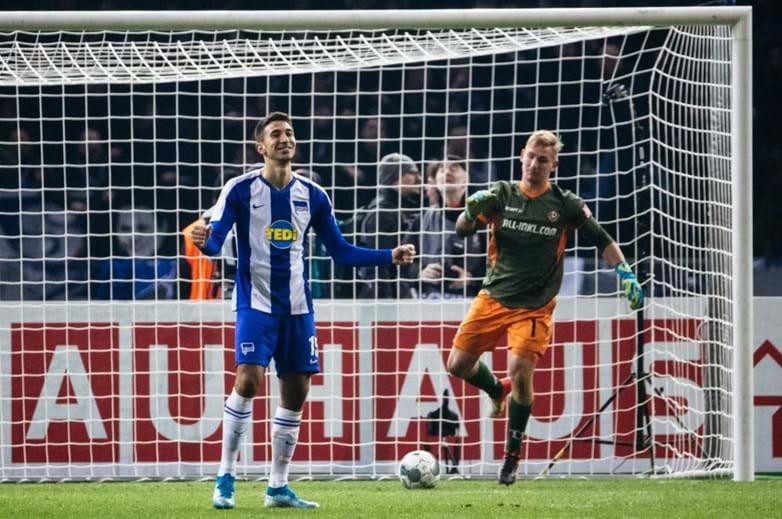 24 - Grujic joga no Hertha Berlín, emprestado pelo Liverpool (valor de mercado: 22,1M)
