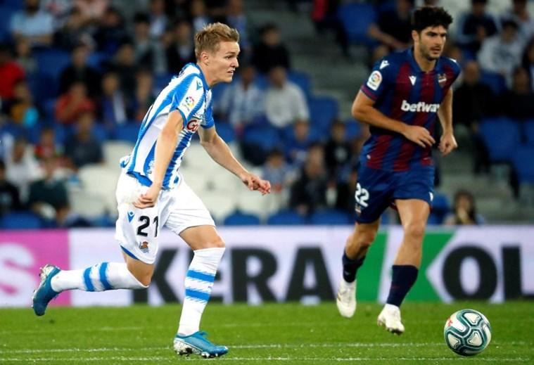 3 - Odegaard joga no Real Sociedad, emprestado pelo Real Madrid (valor de mercado: 57,3M)