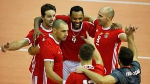 Benfica volta à liderança