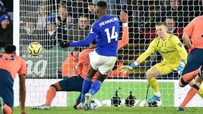 Everton-Arsenal: duelo de equipas em busca da retoma