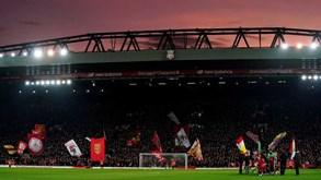 Liverpool-Sheffield United: 'equipas sensação' travam duelo em Anfield Road
