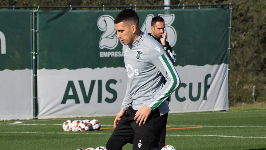 Battaglia regressa aos convocados do Sporting