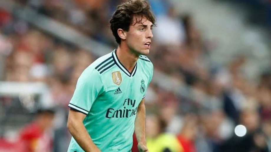 Real Madrid empresta Odriozola ao Bayern Munique