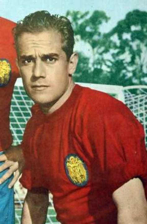 Luis Suárez - Conquistou a Bola de Ouro em 1960, com 25 anos de idade. Dez anos depois, o médio espanhol cumpria a última temporada ao serviço do Inter, emblema que representou entre 1961 a 1970, para rumar à Sampdoria.