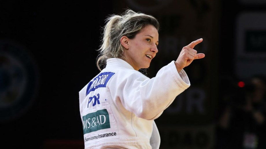 Telma Monteiro é a única resistente e disputa meias-finais do Grand Slam de Paris