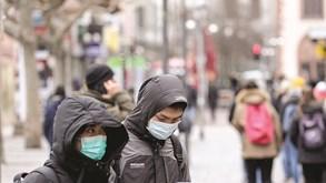 China sem novos casos de contágio local por coronavírus pelo segundo dia consecutivo