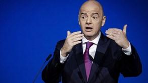 E se o mercado de transferências durasse quatro meses? FIFA tem hipótese em cima da mesa