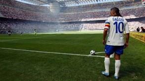 Baggio e Rio Ferdinand na 'Dream Team' do Flamengo: O ênfase é mesmo na palavra 'sonho'