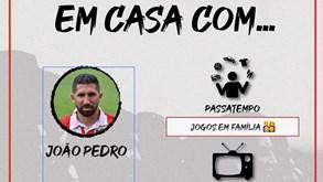 João Pedro ainda joga 'Championship Manager 01/02'