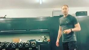 Petr Cech criou desafio e até lhe deu um nível extra