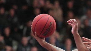 Oliver Wurzburg-BV TU Chemnitz 99: 33.ª ronda da liga alemã de basquetebol