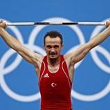 Halterofilista Mete Binay desqualificado de Londres'2012 por doping