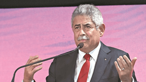 Apoio a Vieira para as eleições do Benfica gera polémica