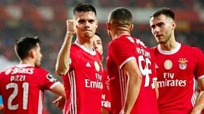 O onze provável do Benfica para o jogo com o V. Guimarães