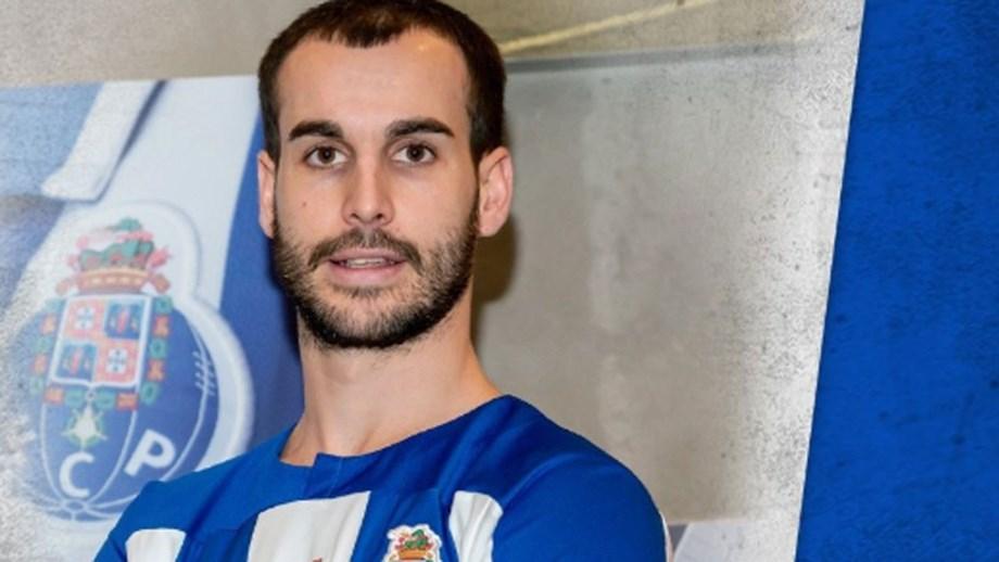 Xavi Barroso é o primeiro reforço do hóquei em patins do FC Porto