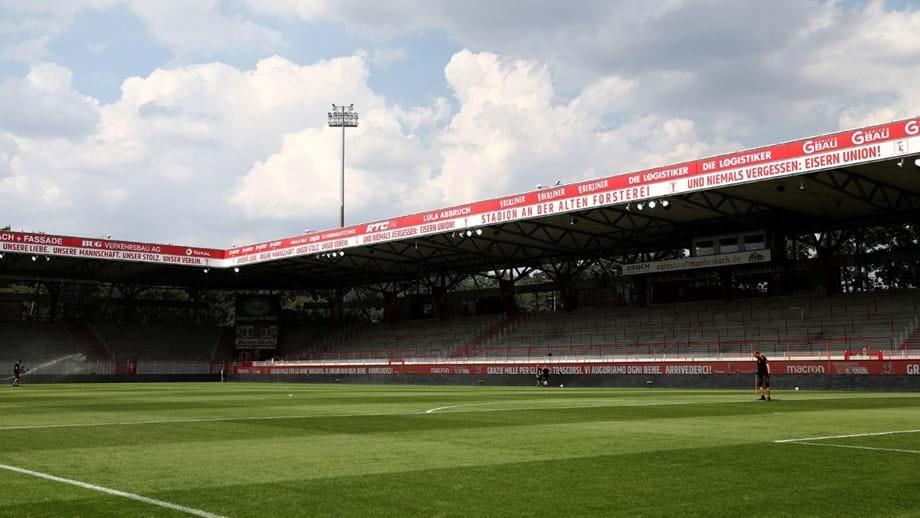 Union Berlin quer pagar testes a detentores de bilhete anual para ter adeptos no estádio