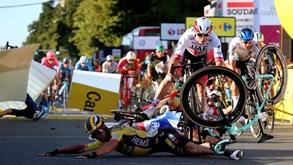 Impressionante queda marca 1.ª etapa da Volta à Polónia: vencedor pode ser desclassificado
