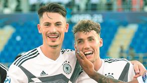 Benfica na Alemanha por Koch e Waldschmidt