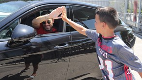 As 'bombas' dos jogadores do Benfica e o apoio dos adeptos no início da nova era Jesus