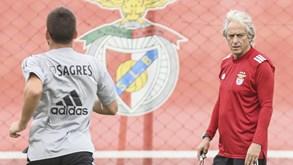 Jogadores do Benfica rendidos à 'terapia JJ'