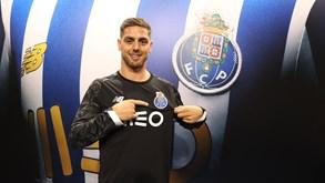 Oficial: Cláudio Ramos é reforço do FC Porto até 2024
