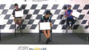 Miguel Oliveira vence duelo com Valentino Rossi a desenhar... com os olhos vendados