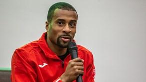 Nélson Évora tem vínculo até dezembro com o Sporting