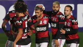 Flamengo regressa ao esquema tático de Jorge Jesus e vence primeiro jogo no Brasileirão