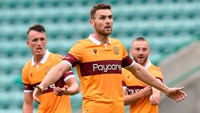 Motherwell-Glentoran FC: duelo de 'vizinhos'