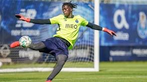 Mbaye lesiona-se com gravidade no joelho esquerdo