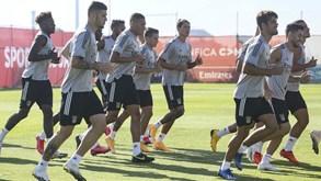 Plantel do Benfica está fechado até à Grécia