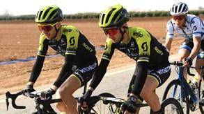 Simon Yates lidera Tirreno-Adriático após vencer quinta etapa