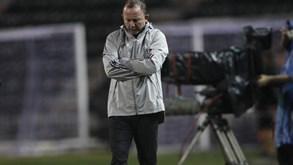 Treinador do Besiktas testa positivo à Covid-19