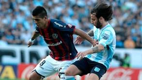 Racing Club-Nacional URU: confronto de líderes na Libertadores