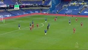 Salah, Firmino e Mané abrem o livro e fazem o primeiro do Liverpool frente ao Chelsea