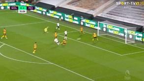 Quase parecia futsal: segundo golo do Man. City ao Wolves é um compêndio