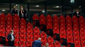Sócios do Benfica na tribuna: objetivo para todos os jogos na Luz