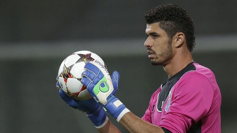Fabiano decide e apura Omonia para o playoff da Liga dos Campeões