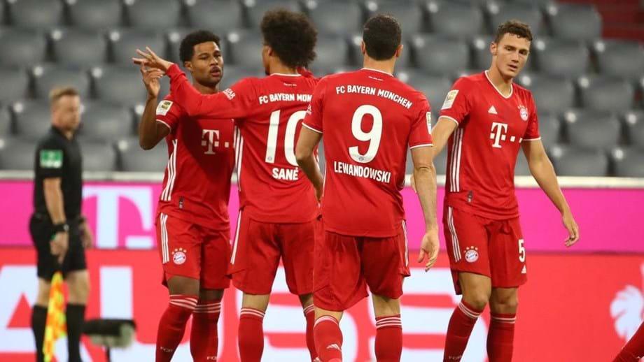 Bayern Munique esmaga Schalke 04 no arranque da Bundesliga