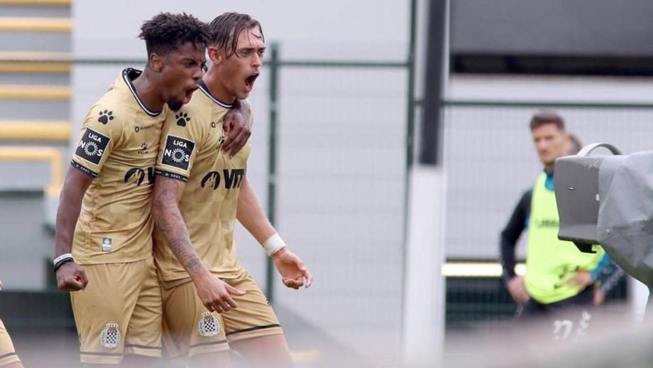 Rafael Leão rendido a Angel Gomes: «Veio trazer brilho ao campeonato português»