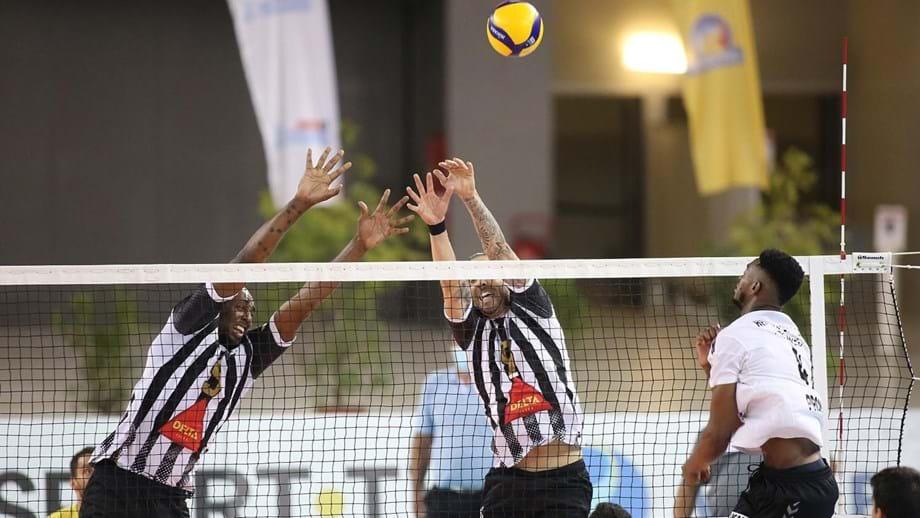 Sp. Espinho vence Fonte do Bastardo e está na final da Supertaça masculina de voleibol