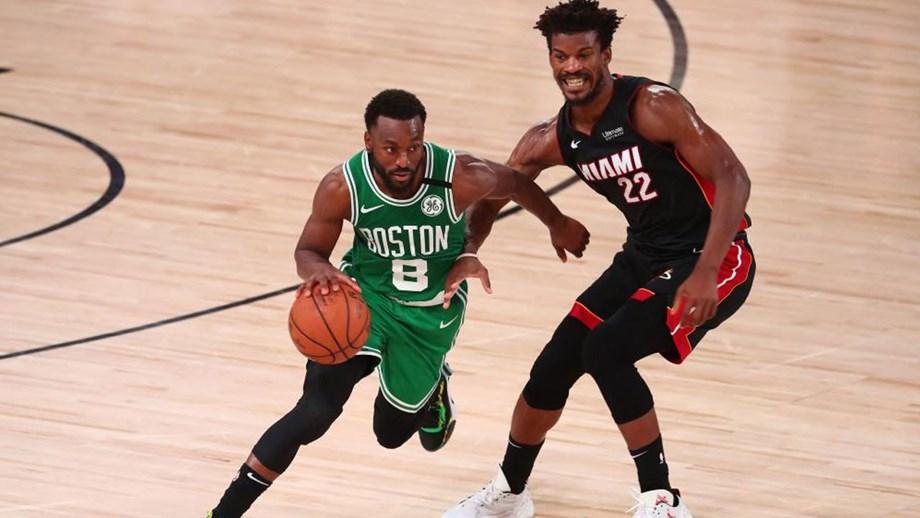 Boston Celtics vencem Miami Heat e relançam final da Conferência Este da NBA