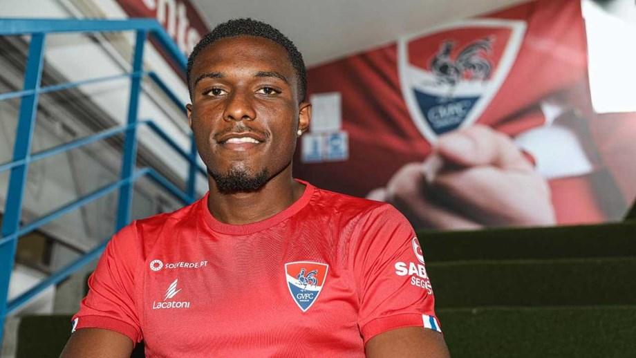 Renan Oliveira oficializado como reforço do Gil Vicente