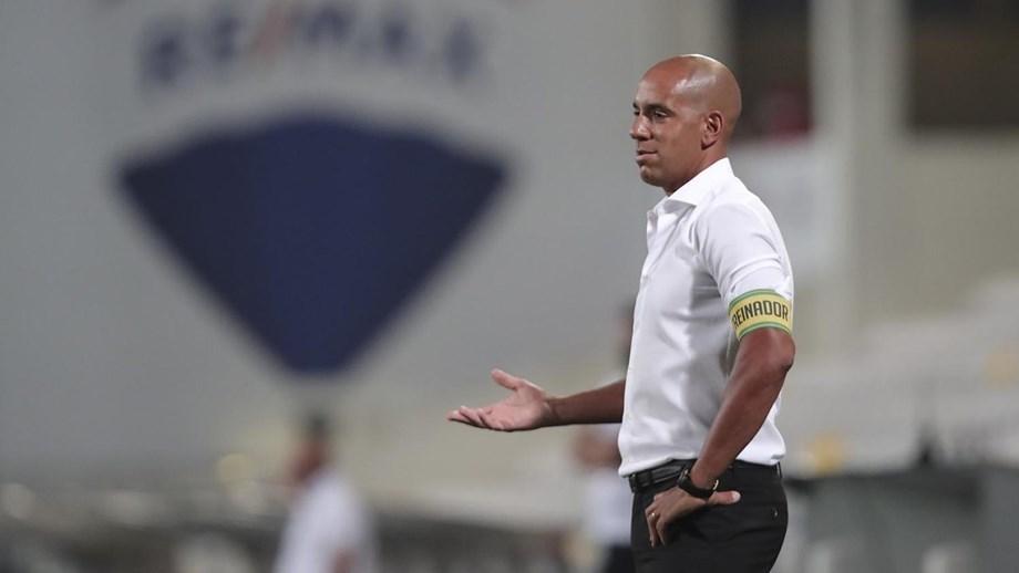 Treinador do P. Ferreira estreia sete reforços nos convocados para Portimão